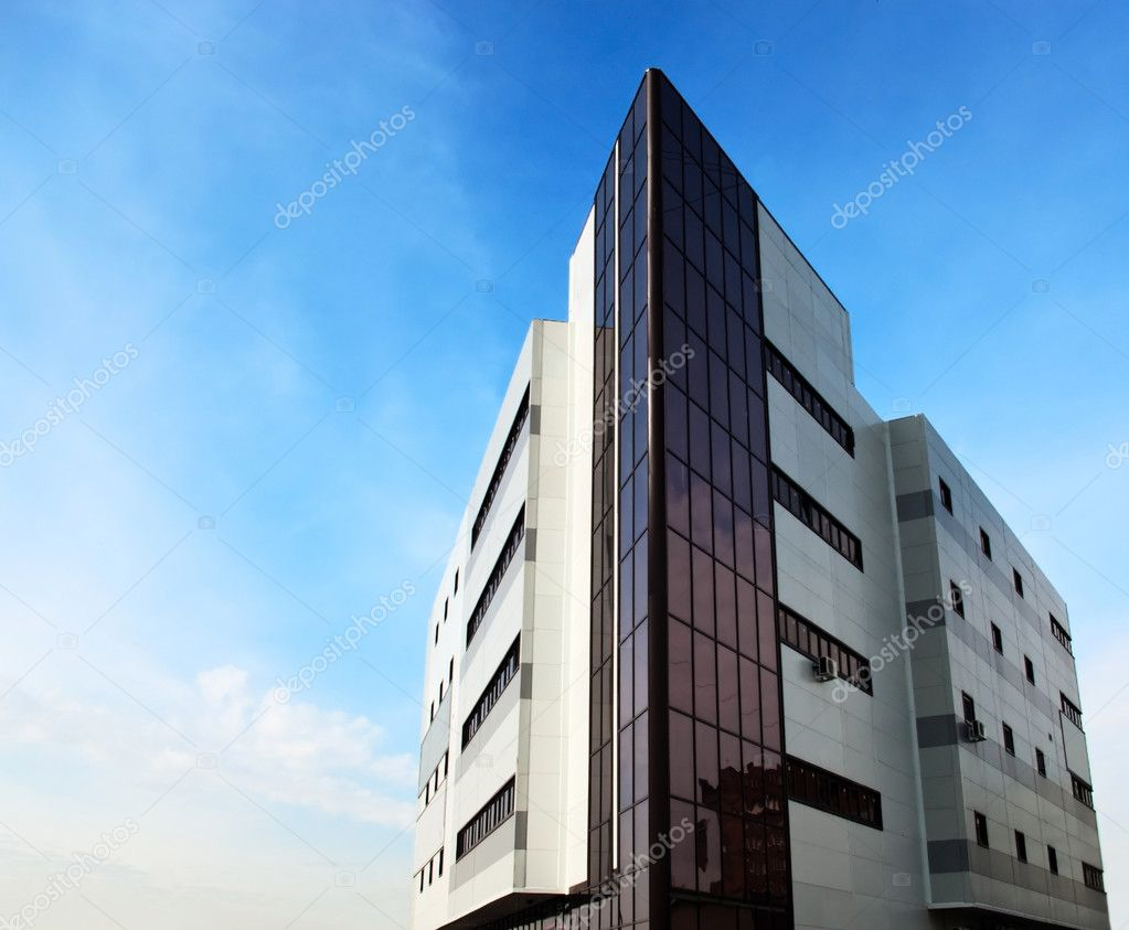 City Scene - the angle of modern office building — Stock Photo #3028503