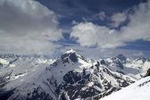 Montagne del caucaso. dombay — Foto Stock