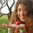 Woman holding an apple — Foto Stock