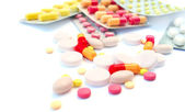 Medical pills and tablets — Stock Photo