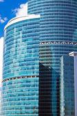Vysoká modrá mrakodrapy — Stock fotografie