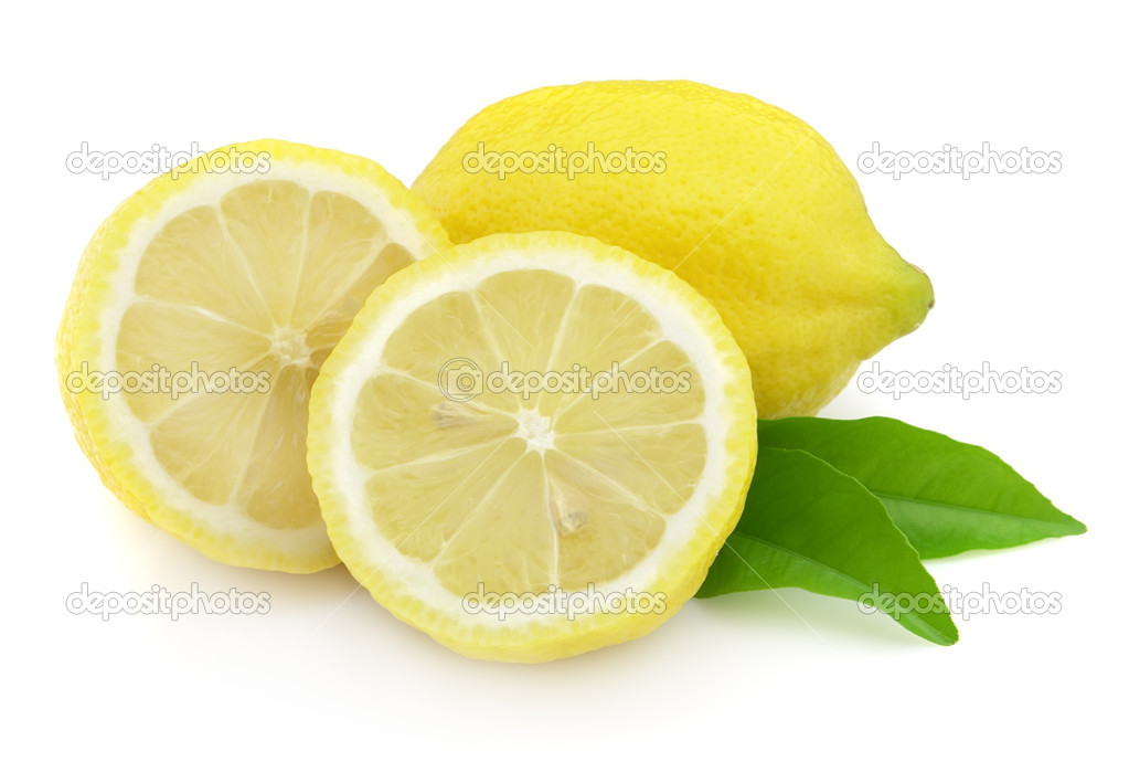 Fresh lemon with leaves — Stock Photo #2926578