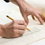 hand trekt een potlood op tekening — Stockfoto #3452122
