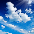Beautyful dark blue sky with sun — Foto de Stock