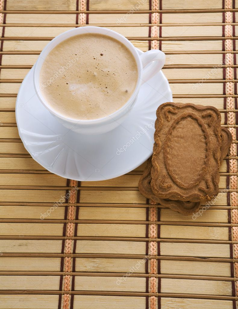 Cappuchino and cookie — Stock Photo #3811499