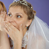 Bride emotionally listens to latest news — Stock Photo