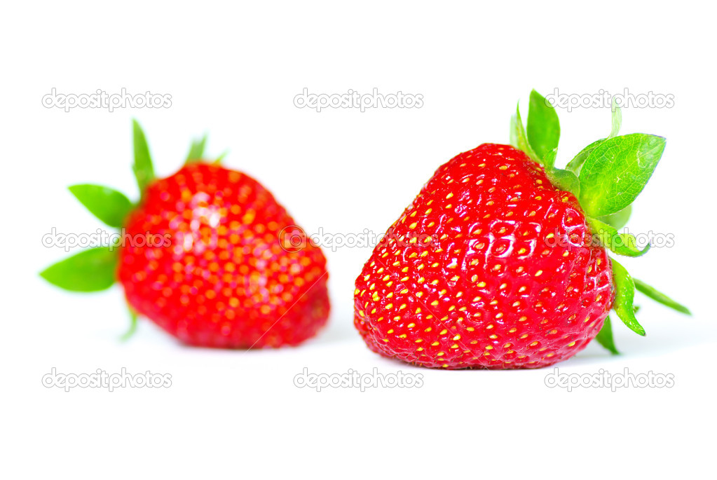 Fresh  strawberries isolated on white background — Stock Photo #3382239