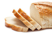 Pan aislado sobre fondo blanco rebanado — Foto de Stock