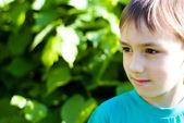 Krásný chlapec přírody — Stock fotografie