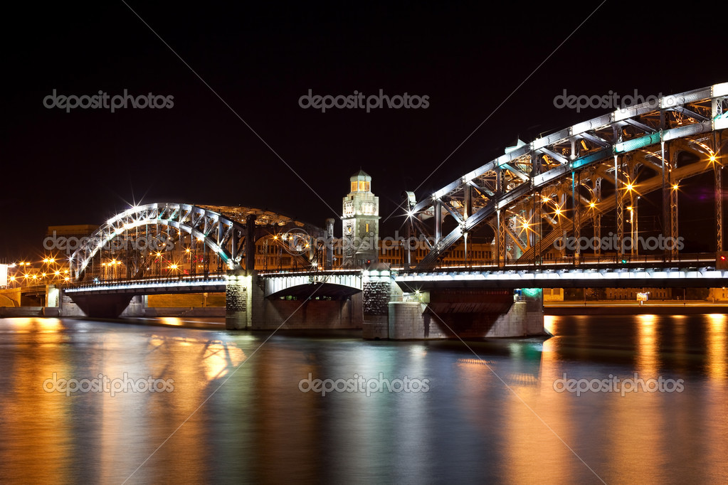 Bolsheohtinskiy bridge at night in St. Petersburg. Russia — Stock Photo #3611745