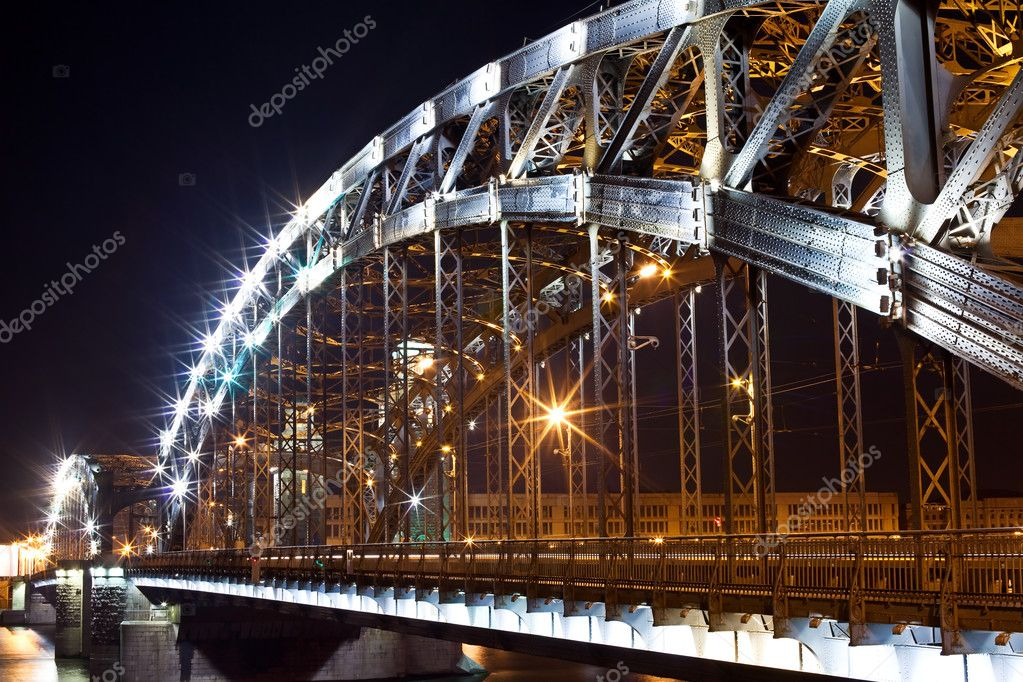 Bolsheohtinskiy bridge at night in St. Petersburg. Russia — Stock Photo #3611788