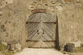 Door in the ancient building — Stock Photo