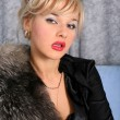 Woman in vintage style with fur — Stock Photo #2842197
