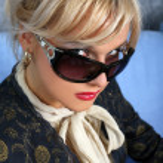 Woman in sunglasses — Stock Photo #2842433