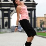 Woman modern ballet dancer in city — Stock Photo