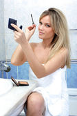 Young woman during daily routines — Stock Photo