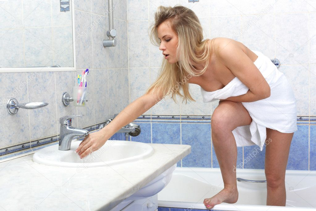 Woman In Shower Undressing Videos 61