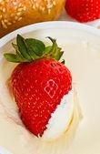 草莓酸奶 — 图库照片