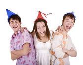 Zadowolony urodziny grupa młodych — Zdjęcie stockowe
