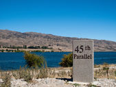 45th parallel in New Zealand — Stock Photo