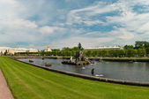 The Palaces, Fountains, and Gardens of Peterhof — Stock Photo