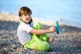 Sahilde kız — Stok fotoğraf