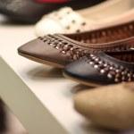 deri Ayakkabı mağazasında — Stok fotoğraf #3426821