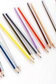 在白色背景的彩色铅笔 — 图库照片