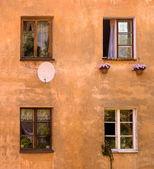 Gamla hus fönster — Stockfoto