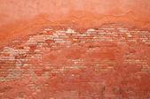 Estuco y ladrillo de la pared vieja — Foto de Stock