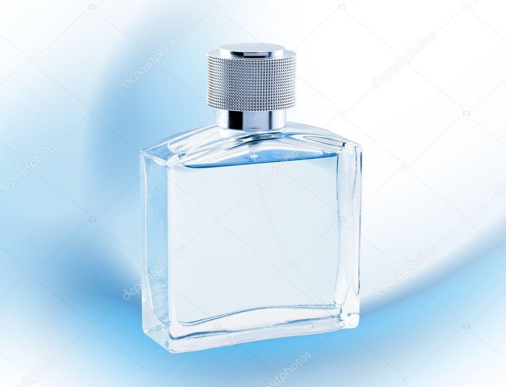 m nner parf m flasche spray blau farbe glanz stockfoto. Black Bedroom Furniture Sets. Home Design Ideas