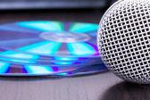 Mikrofon i cd płyty makro — Zdjęcie stockowe