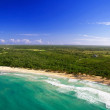 Foto Stock: Caribbebeach from helicopter view