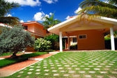 Typical villa in Caribbean — Stock Photo