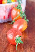 湿的西红柿特写 — 图库照片