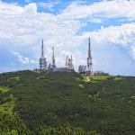 Antenna tv station on mountain — Stock Photo #3497428