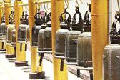 Klokken in thaise tempel — Stockfoto