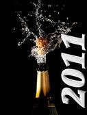 Sektflasche mit shotting cork — Stockfoto