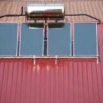 Системы солнечного водонагревателя — Стоковое фото