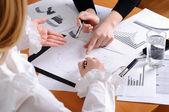 Mãos de mulheres de negócios — Foto Stock