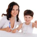 mladá matka a chlapec — Stock fotografie