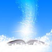 Magic book — Stockfoto