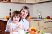 Mama and her little daughter — Stock Photo