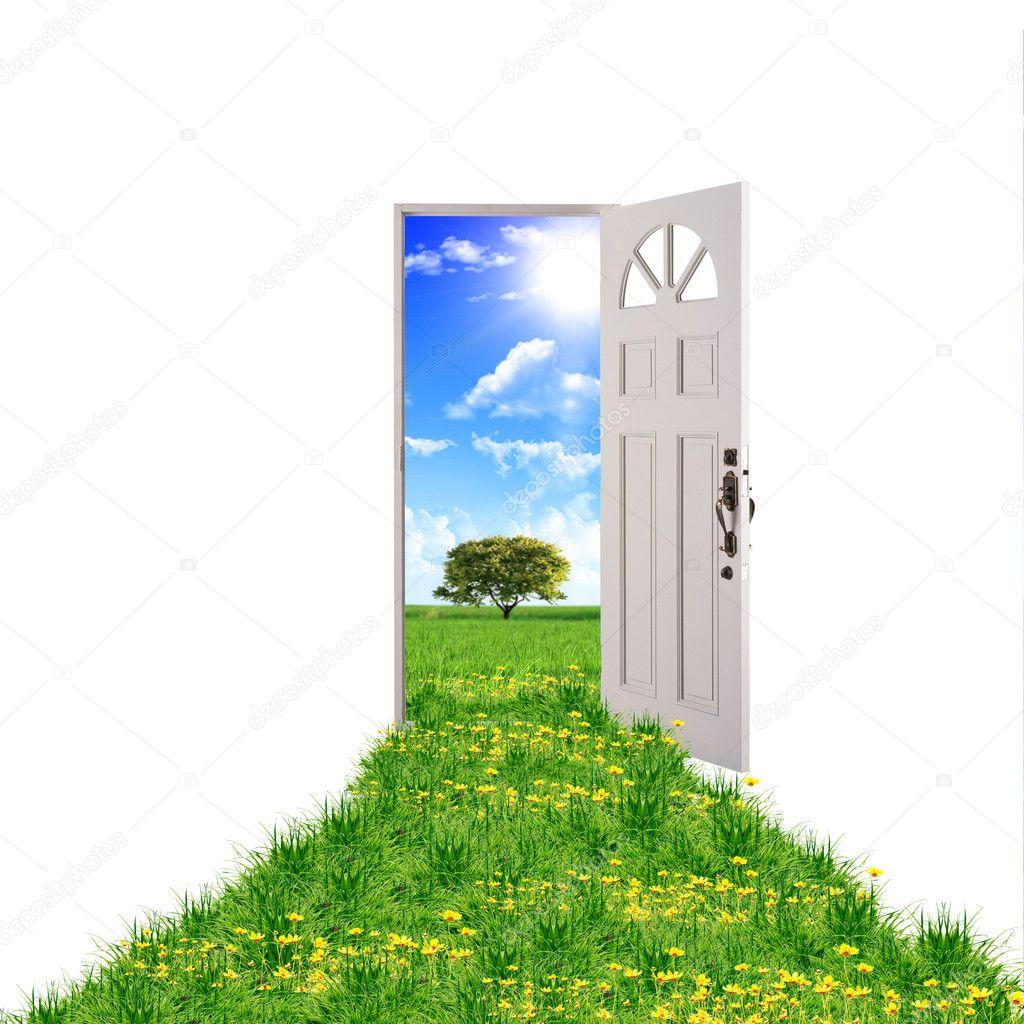 Porta verso la natura foto stock sergeynivens 4944910 for Porta aperta