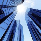 3d blue sky skrobaki — Zdjęcie stockowe