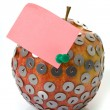 Apples, drawing pin and notepaper — Stock Photo
