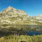 Popovo Lake and Jangal mountain in Pirin National Park,Bulgaria — Stock Photo