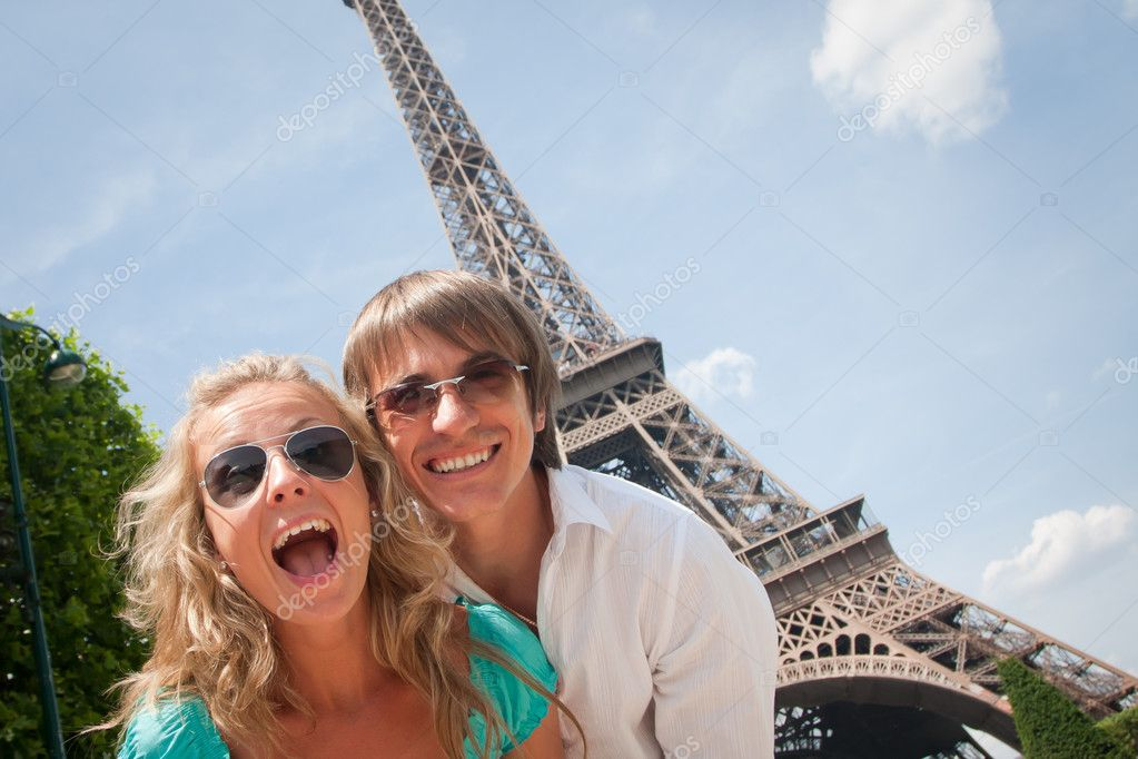Happy young couple having fun in Paris, France  Stock Photo #3502386