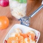 Preparing smoothie — Stock Photo