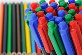 Kleur potloden en viltstiften — Stockfoto